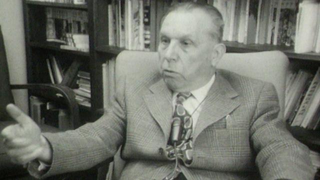 Le journaliste et promoteur du séparatisme jurassien René Fell en 1974. [RTS]