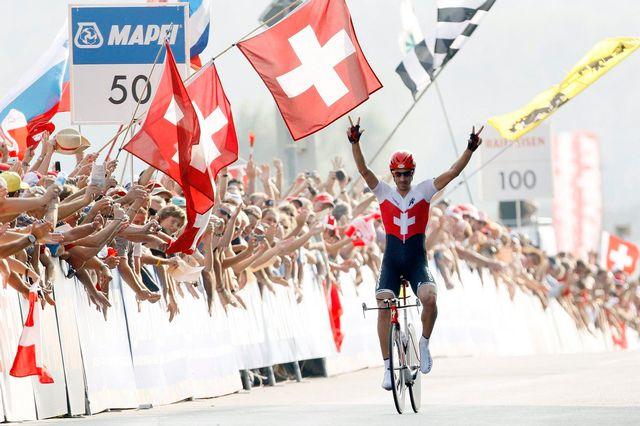 Fabian Cancellara avait triomphé dans le contre-la-montre des Mondiaux de Mendrisio en 2009. [Jean-Christophe Bott - Keystone]
