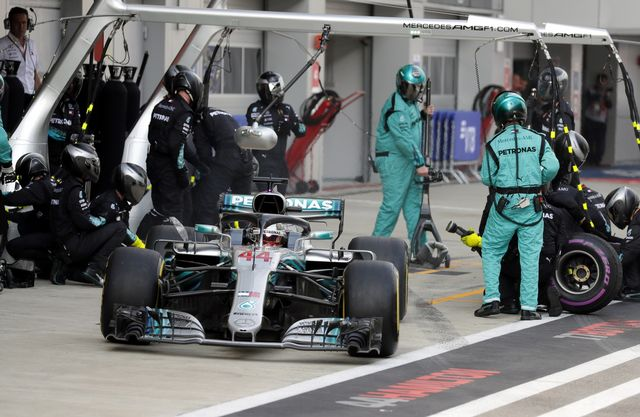 Course sans embûches pour Lewis Hamilton à Sotchi. [Yuri Kochetkov - EPA]