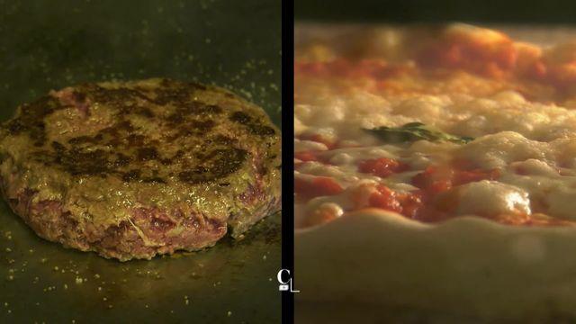 Deux stars de la gastronomie de rue s'affrontent dans un match original, la pizza et le burger. Qui va l'emporter? [RTS]