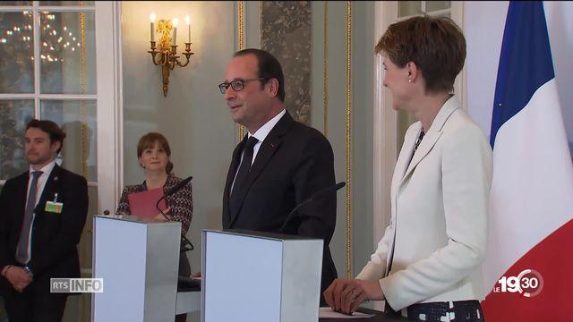 La visite de François Hollande à la Suisse en 2015 était historique [RTS]