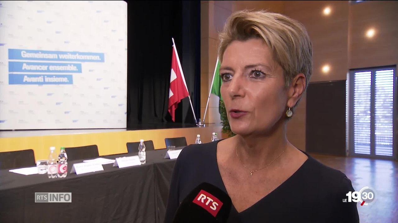Karin Keller-Sutter se lance dans la course à la succession de Johan Schneider-Amann. [RTS]