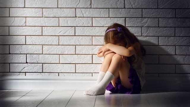 La Suisse peine à lutter contre les maltraitances dont sont victimes les enfants. [Konstantin Yuganov - Fotolia]