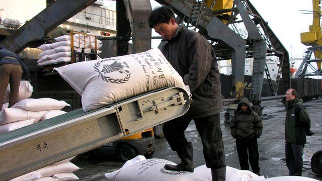 Le Programme alimentaire mondial (PAM) tire la sonnette d'alarme: il manque drastiquement d'argent pour venir en aide à la population de Corée du Nord. [Gerald Bourke - AP/PAM/Keystone]