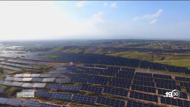 Etape importante franchie pour une nouvelle génération de panneaux solaires deux fois plus efficaces grâce à l'Uni de Fribourg. [RTS]
