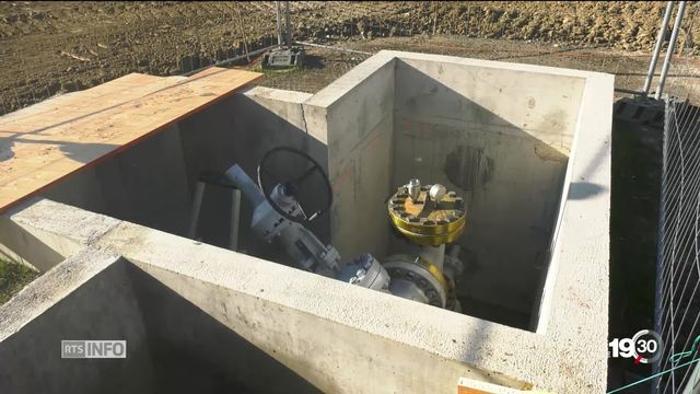 À Genève, le canton a investi de gros moyens dans l'exploration de ses sous-sols pour lancer des installations de géothermie. [RTS]