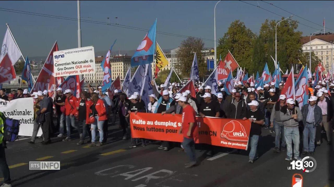 Les maçons genevois ont paralysé Genève. ils défendent leurs conditions de travail et leur retraite à 60 ans. [RTS]