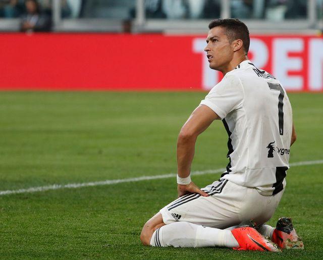 Le désarroi de Cristiano Ronaldo après le nul concédé. [Antonio Calanni - Keystone]