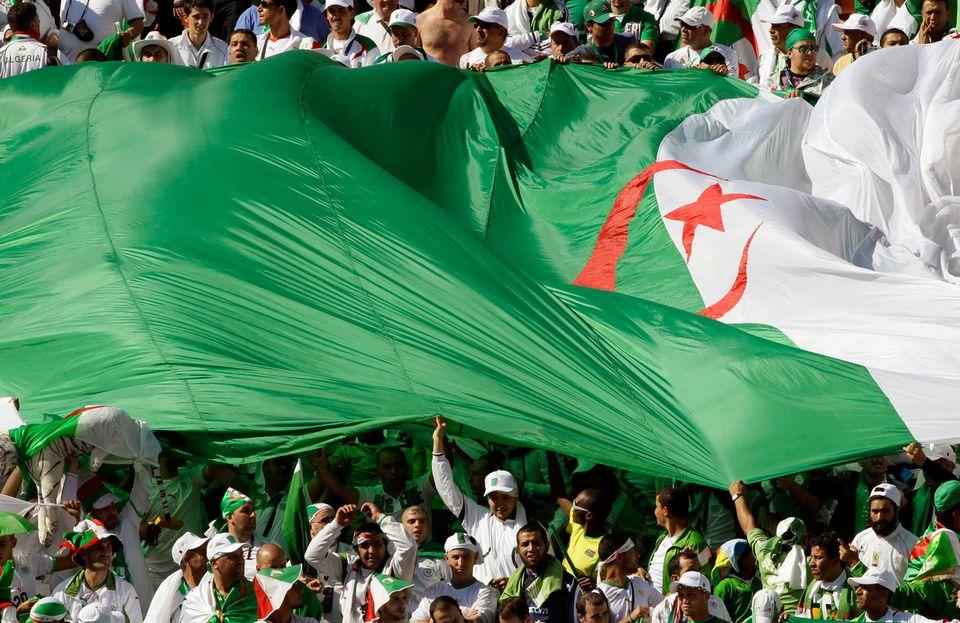 Le championnat algérien subit régulièrement des débordements (image d'illustration). [Ivan Sekretarev - Keystpne]