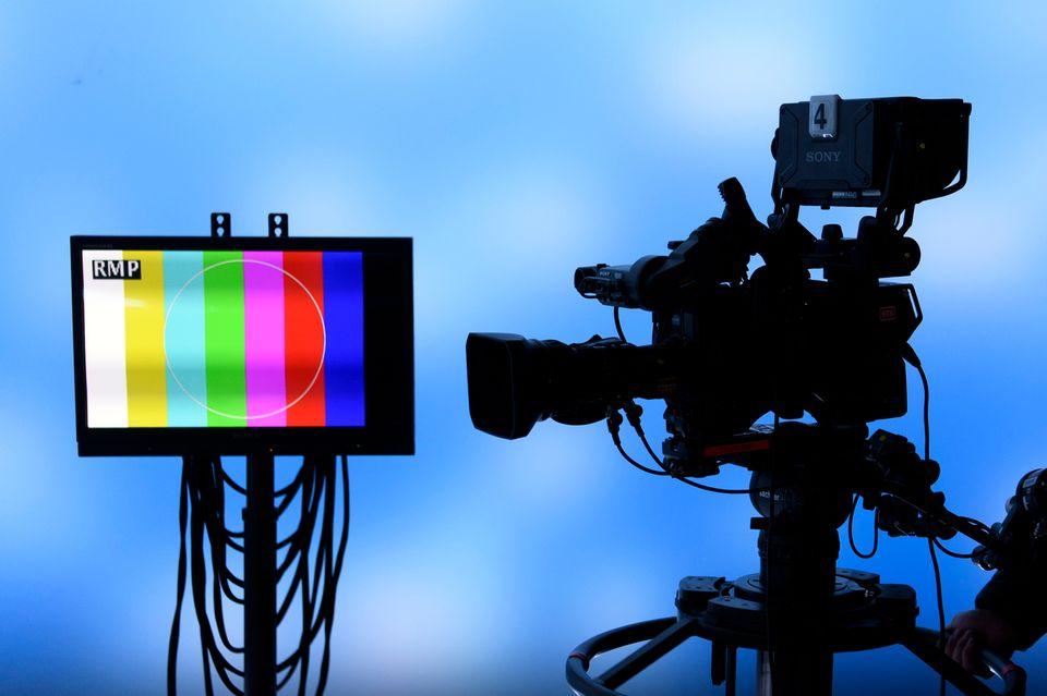 La nouvelle redevance radio-TV coûtera 365 francs par an pour les ménages [Laurent Gilliéron - Keystone]