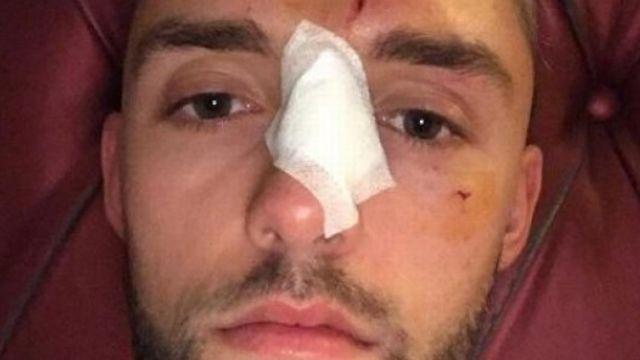 Jonas Folger mal-en-point après l'accident. [Kurier Sport - Twitter]