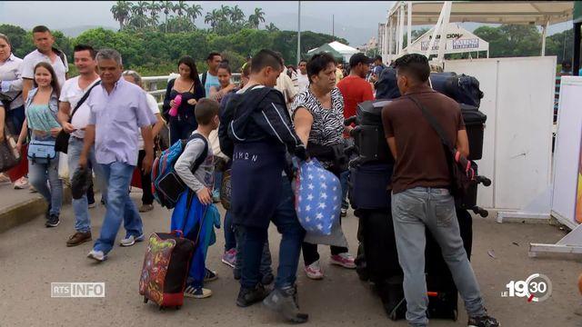 Fuite massive de Colombiens direction le Venezuela. Reportage sur la route de l'exil. [RTS]