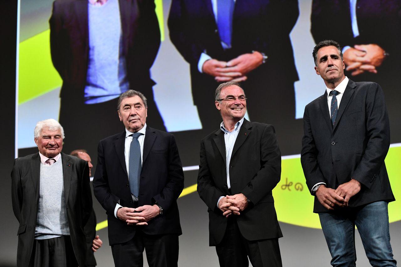 Les légendes Poulidor, Merckx, Hinault et Indurain étaient présentes lors de la présentation du TdF 2019. [Stéphane De Sakutin - AFP]