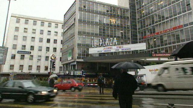 Le cinéma Plaza,déjà menacé en 1999 comme toutes les salles du centre-ville de Genève. [RTS]