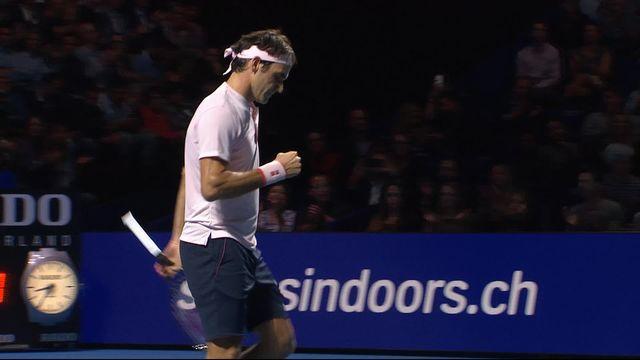 1-4, Roger Federer (SUI) – Gilles Simon (FRA) (7-6): Roger remporte le premier set au tie-break (7-1) [RTS]