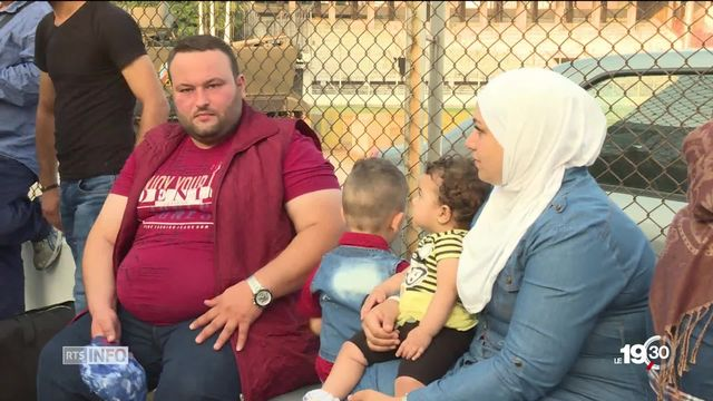 Pour des milliers de réfugiés syriens, le retour au pays se fait dans la douleur [RTS]
