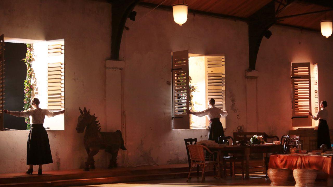 """La pièce """"Une Chambre en Inde"""" du Théâtre du Soleil. [Michele Laurent - lesoleil-lausanne.ch]"""
