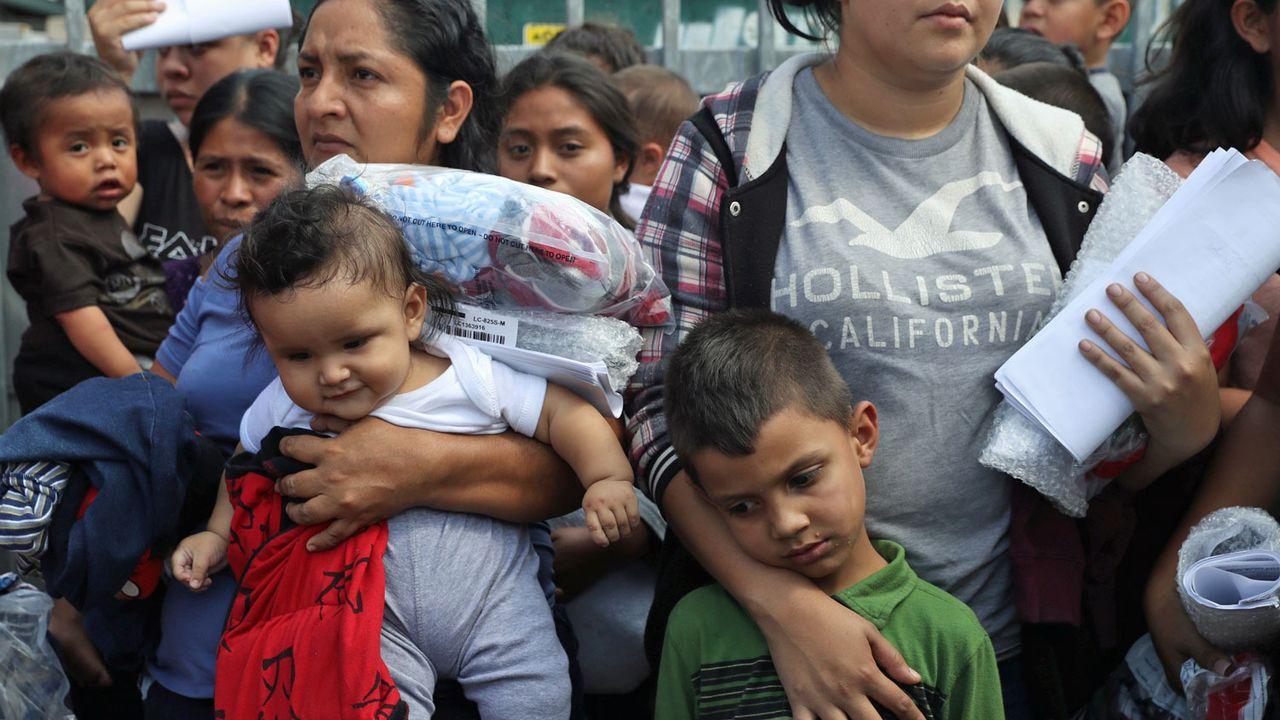 La modification voulue par Donald Trump vise les enfants de migrants illégaux nés aux Etats-Unis. [Loren Elliott - Reuters]