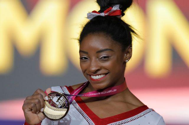 Simone Biles a poursuivi sa moisson de médailles, vendredi à Doha. [Vadim Ghirda - Keystone]