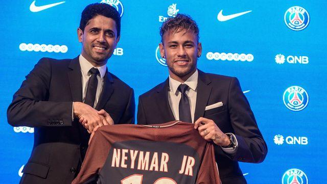 Le recrutement de Neymar par le PSG semblerait découler de démarches frauduleuses de la part du club de la capitale française. [Christophe Petit Tesson - Keystone]