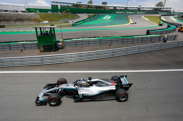 Assuré du titre mondial, Hamilton ne semble pas vouloir pour autant brader les dernières courses de la saison. [Nelson Antoine - Keystone]