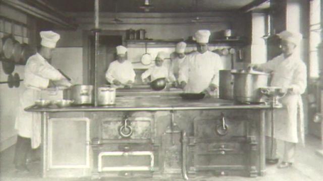 L'Ecole hôtelière de Lausanne au début du 20e siècle. [RTS]