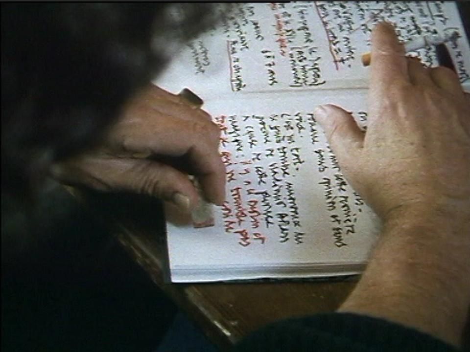 Le cahier d'écriture de Nicolas Bouvier. [RTS]