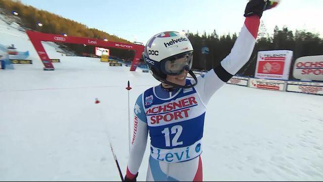 Levi (FIN), Slalom dames, 1re manche: le passage de Michelle Gisin (SUI) [RTS]