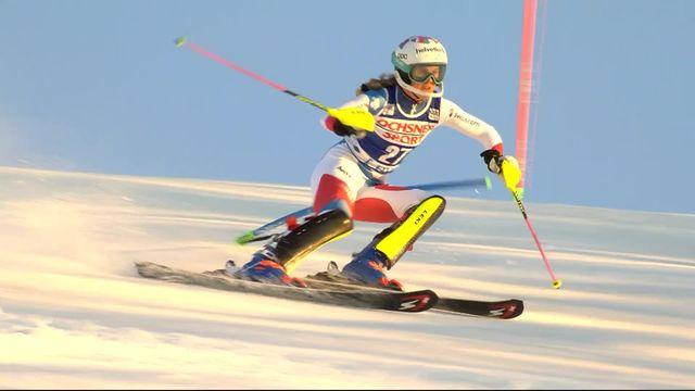 Levi (FIN), Slalom dames, 1re manche: le passage d'Aline Danioth (SUI) [RTS]