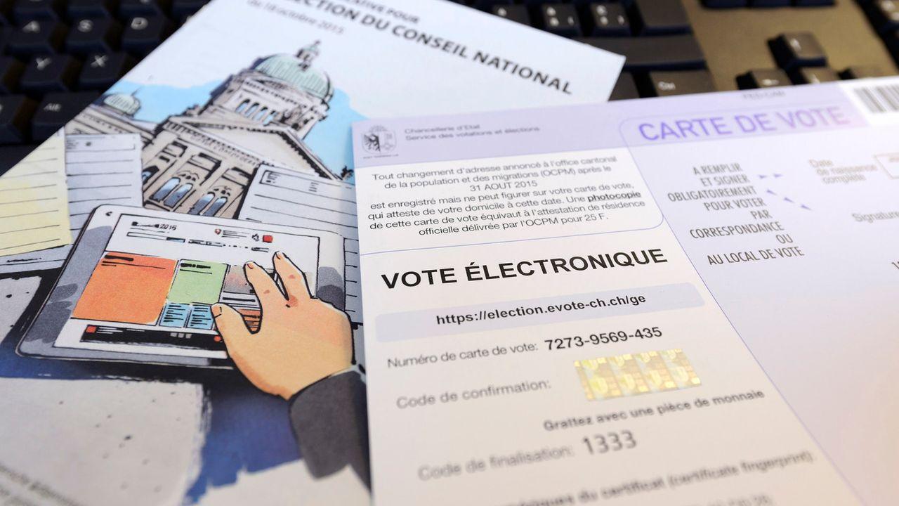 Du matériel pour le vote électronique dans le canton de Genève. [Martial Trezzini - Keystone]