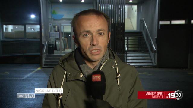 Nicolas Beer en direct de Charmey (FR) sur les enjeux du vote sur la hausse des impôts. [RTS]