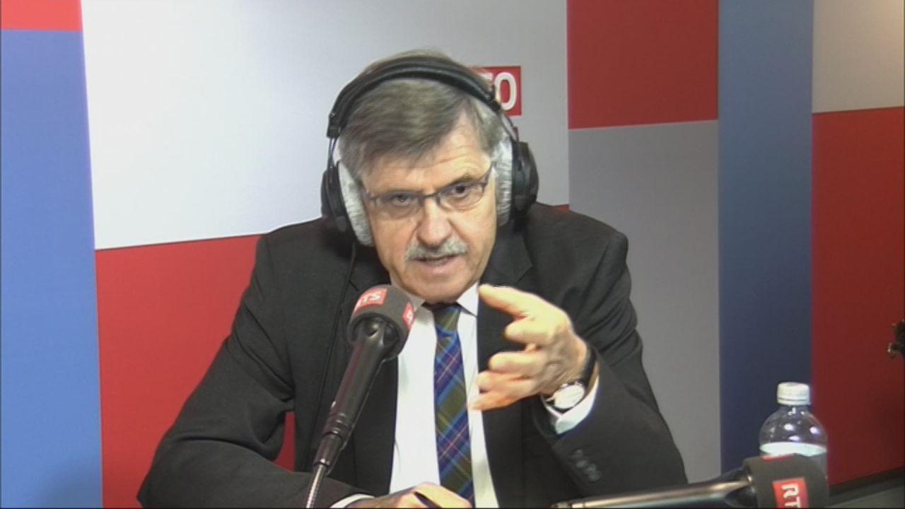 L'invité de Romain Clivaz (vidéo) - Eduard Gnesa, ex-ambassadeur spécial pour les questions migratoires [RTS]