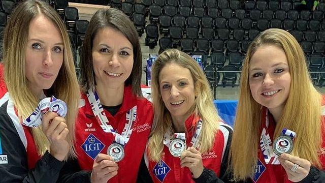 Les Suissesses repartent de Tallinn avec une belle médaille d'argent. [Instagram - Silvana Tirinzoni - SRI]