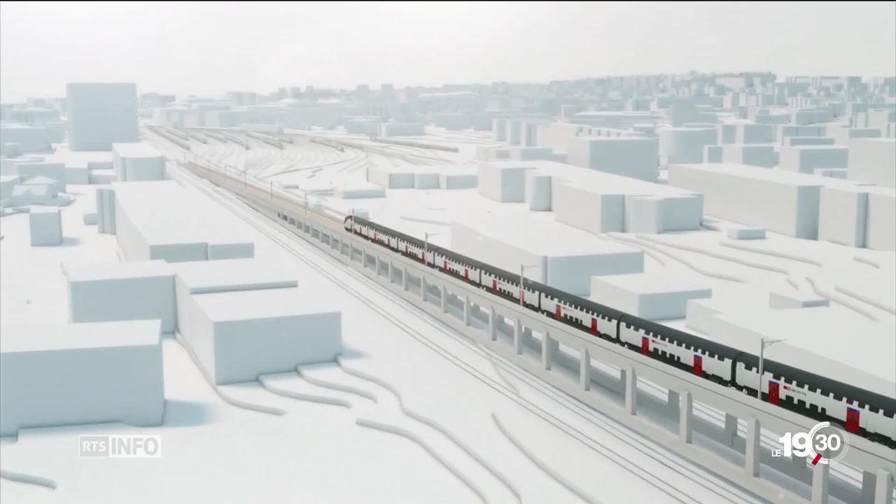 Début des travaux de construction d'un viaduc ferroviaire dans le canton de Vaud pour améliorer la cadence des trains. [RTS]