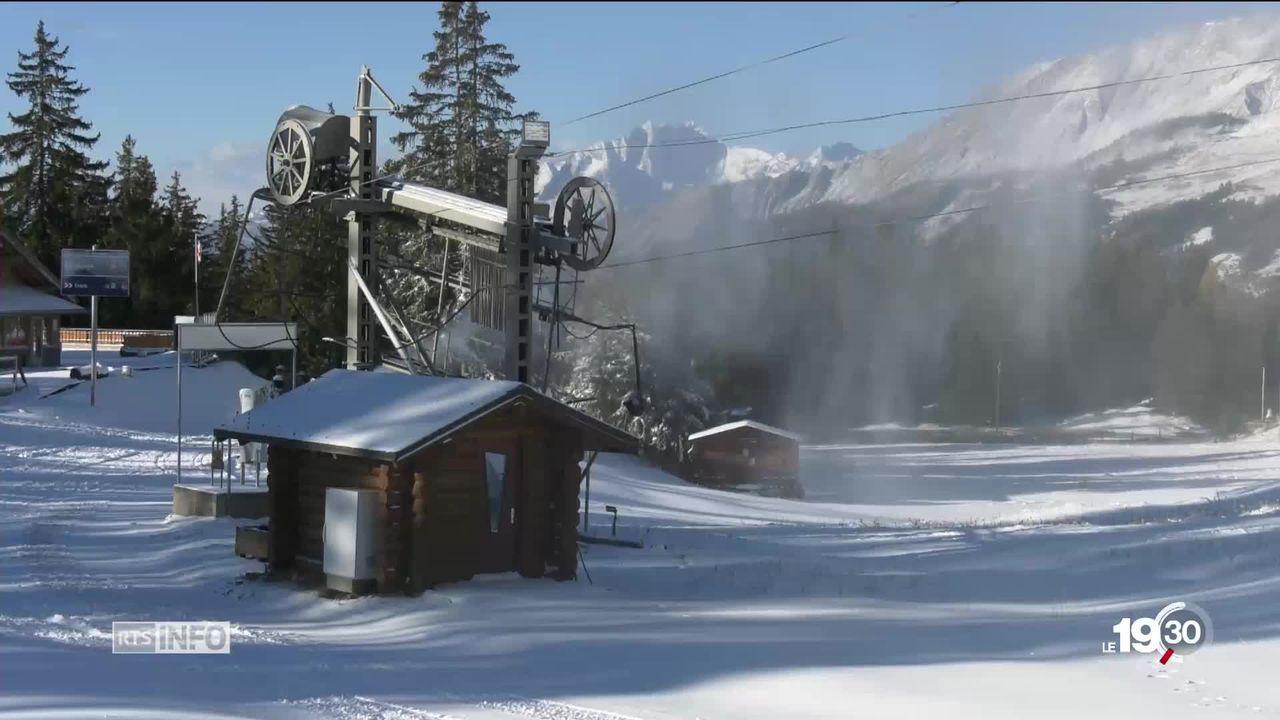 Neige artificielle : après la sécheresse, la consommation en eau des stations de ski interroge [RTS]