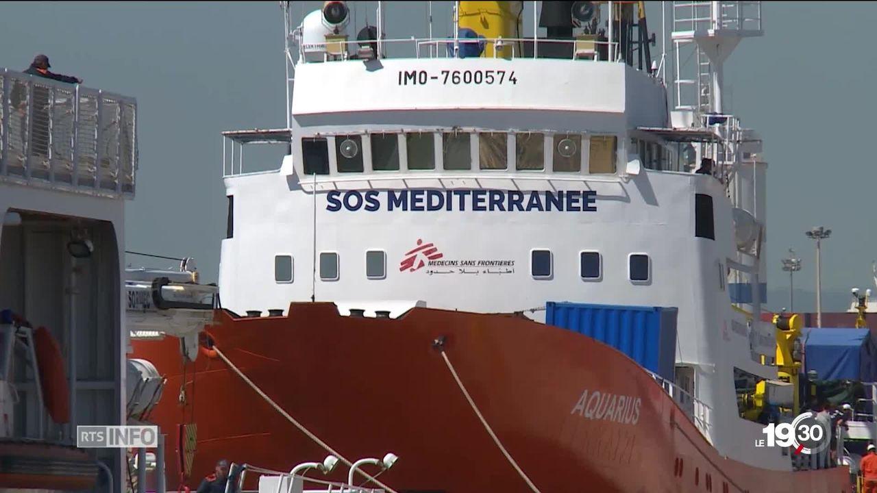 Le navire humanitaire affrété par SOS Méditerranée et Médecins sans frontières restera encore à quai [RTS]