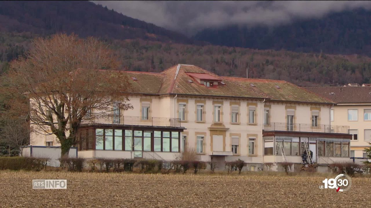 Centre de requérants d'asile de Perreux : lacunes dans l'encadrement médical [RTS]