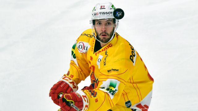 Fuchs ne pourra porter le maillot de l'équipe de Suisse cette semaine. [Walter Bieri - Keystone]