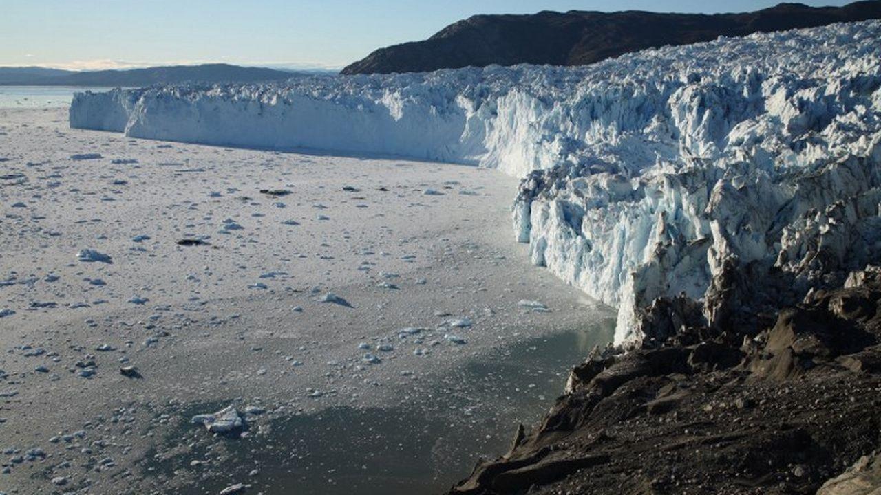 Les calottes glaciaires mettant longtemps à fondre, le Groenland ne redeviendra pas vert dès le siècle prochain. [Martin Rietze - AFP]