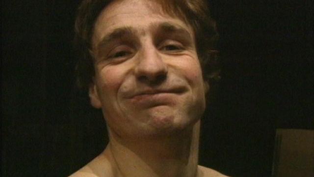 Benjamin Cuche à la revue du Locle, 1993. [RTS]