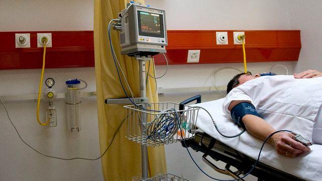 Au total, 1'014'077 personnes ont été soignées dans un hôpital en 2013. [Jean-Christophe Bott]