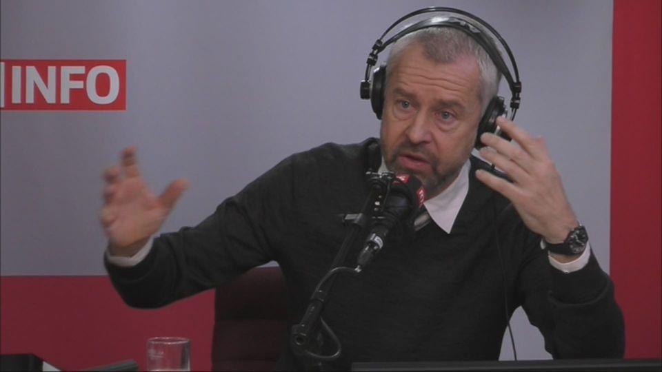 L'invité de Romain Clivaz (vidéo) - Nicolas Bideau, directeur de Présence Suisse [RTS]