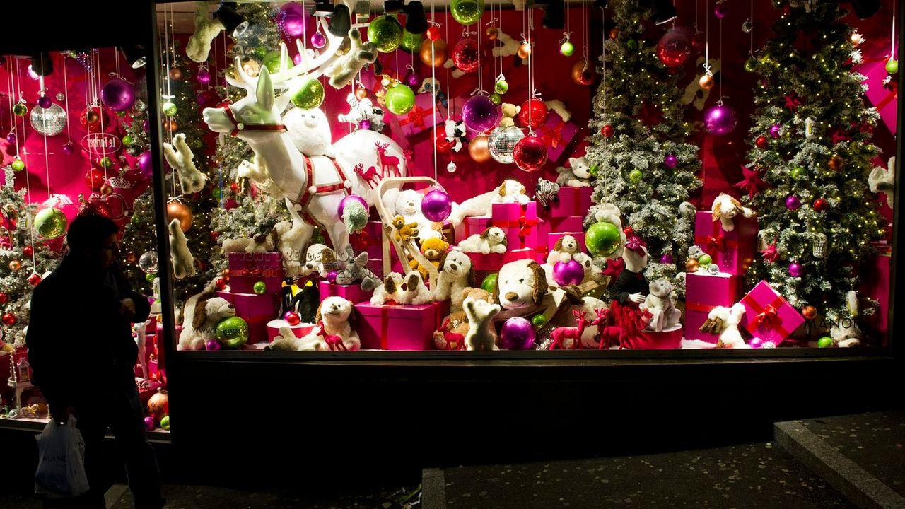 Les sommes dépensées par les Suisses pour les jouets de Noël restent stables. [Laurent Gillieron - Keystone]