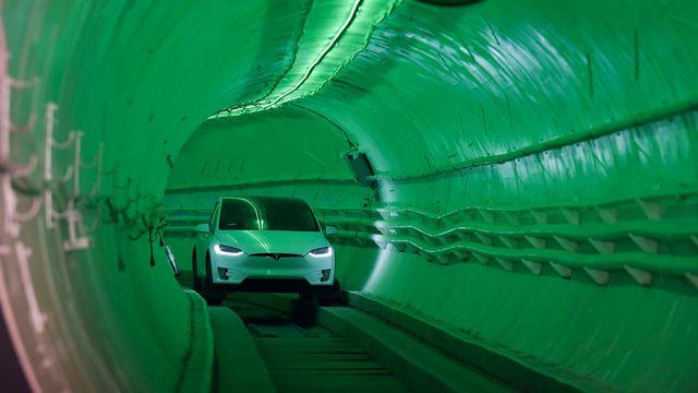 Le tunnel révolutionnaire d'Elon Musk pour éviter les embouteillages. [Robyn Beck/Pool Photo via AP - Keystone]