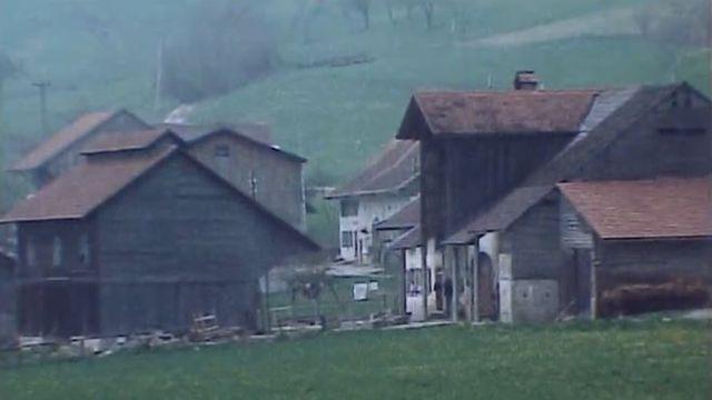 Une enclave fribourgeoise au coeur de la Broye. Visite guidée.
