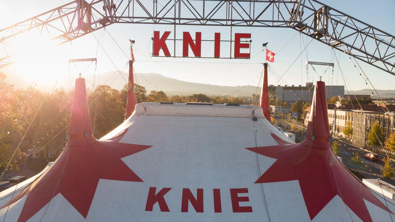 Le chapiteau du cirque Knie doit être remplacé tous les dix ans. [Gaetan Bally - Keystone]