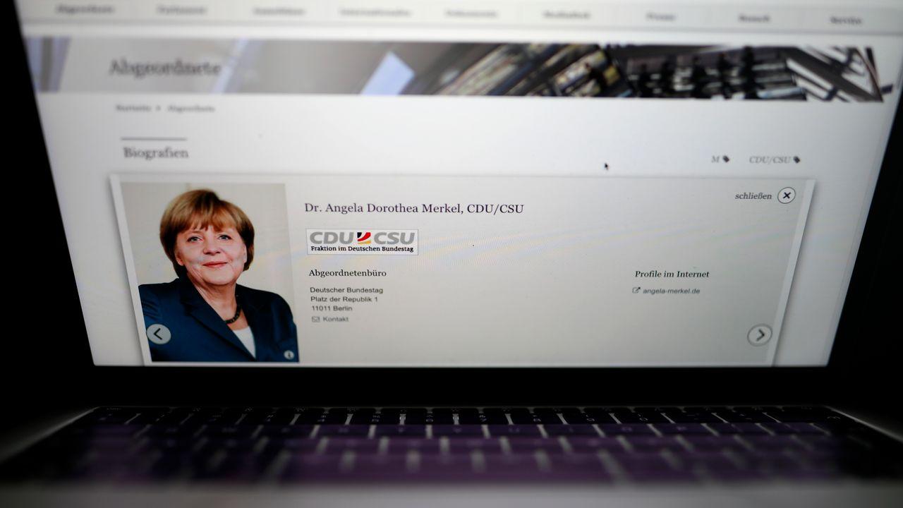 La chancelière allemande Angela Merkel a aussi été visée par l'attaque. [Odd Andersen - AFP]