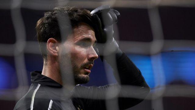 Roman Bürki veut se concentrer sur son club de Dortmund. [AFP]