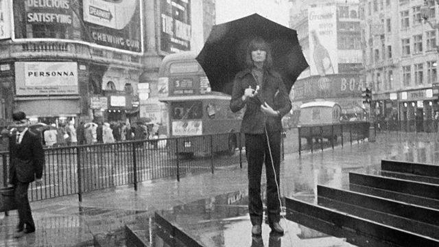 Françoise Hardy à Londres en 1965. [RTS]