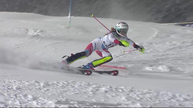 Flachau (AUT), slalom dames, 2e manche: le passage de Aline Danioth (SUI) [RTS]